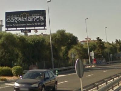 Monoposte publicitario de 10.4x5 m en Manilva, Málaga