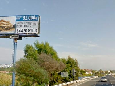 Monoposte publicitario de 10.4x4 m en San luis de sabinillas, Málaga