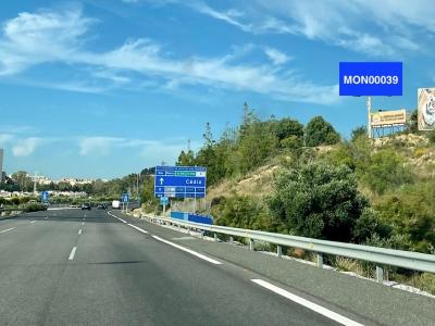 Monoposte publicitario de 12x5 m en Málaga, Málaga