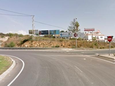 Valla publicitaria de 8x3 m en Sotogrande, Cádiz