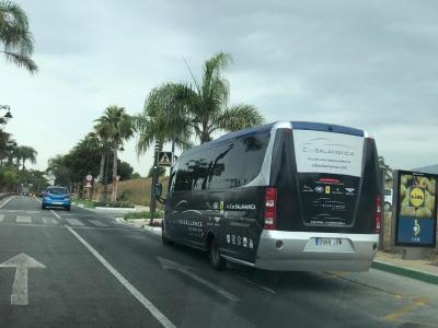 Autobus publicitario de Semi Integral en Estepona, Málaga