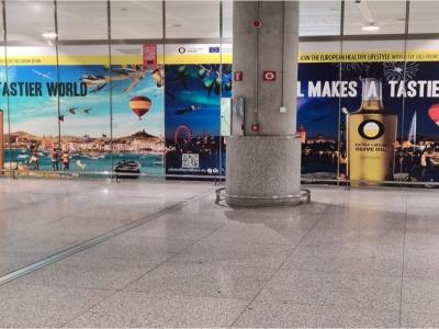 Vinilo publicitario de  en Málaga, Málaga