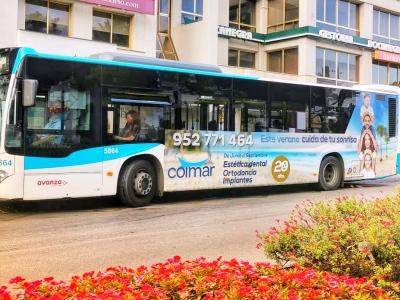 Autobus publicitario de Urban Simple en Pinos de alhaurin, Málaga