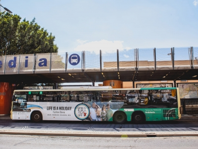 Autobus publicitario de Gran lateral + Simple en Torremolinos, Málaga