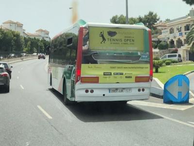 Autobus publicitario de Urban Simple en Algeciras, Cádiz