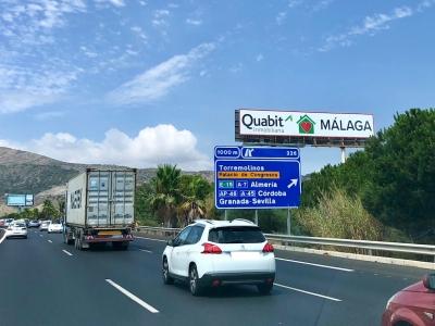 Monoposte publicitario de 24x4 m en Torremolinos, Málaga