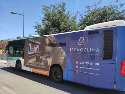 Autobus publicitario de Gran lateral + Simple en Marbella, Málaga